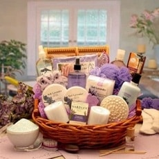 Birthday gift baskets for mom
