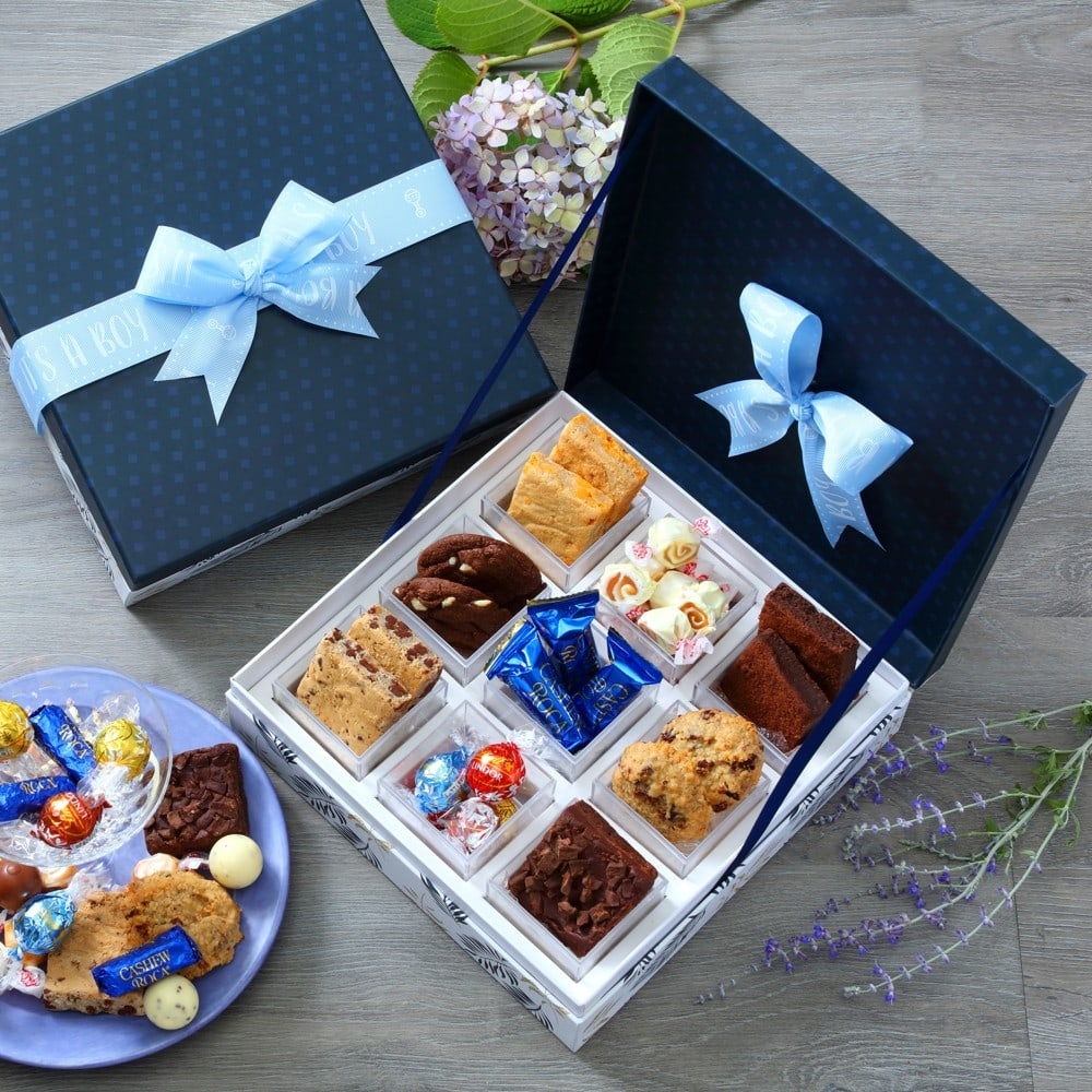 Broadway Snacking Collection Gift Box