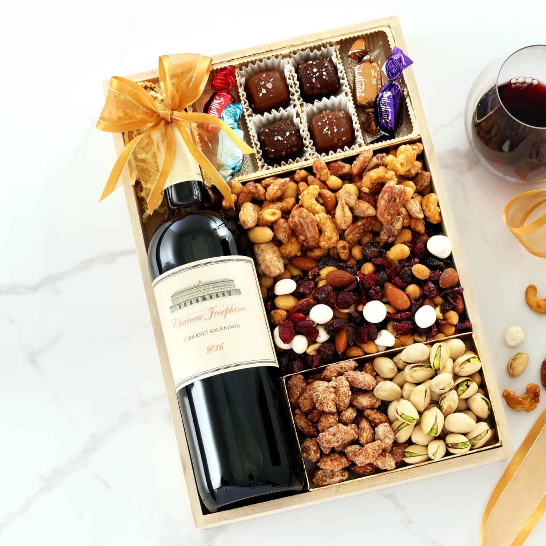 Extravagant Wine Gift Tray