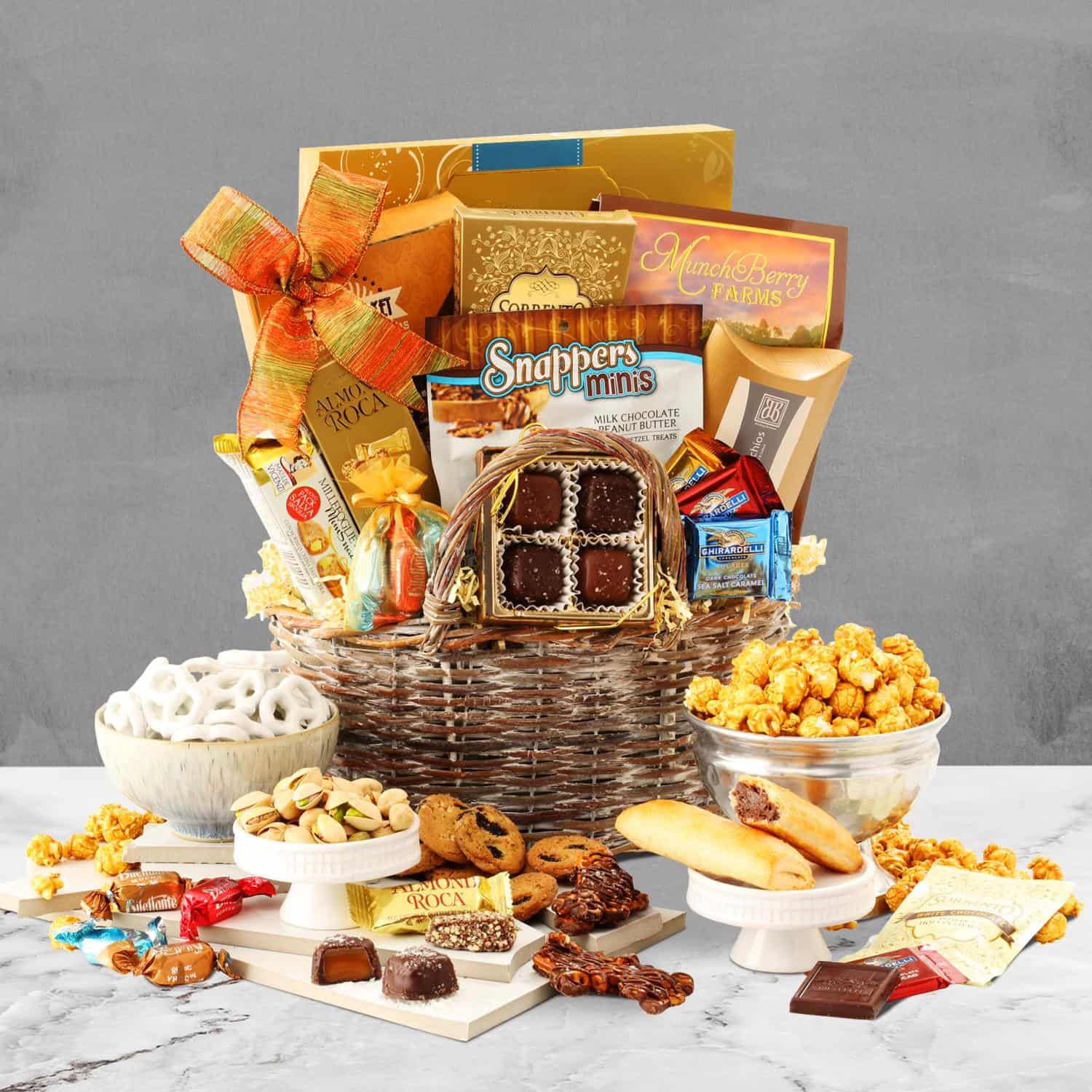 Holiday Festivities Gift Basket