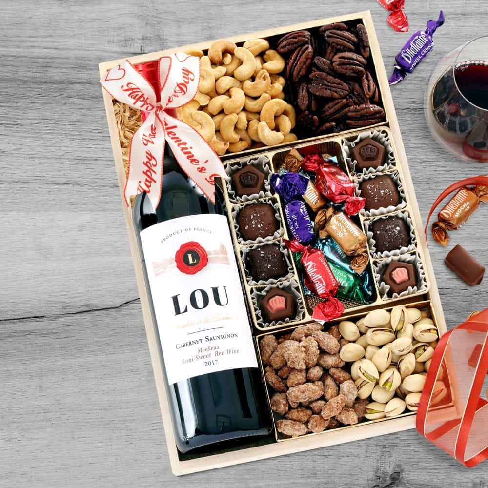 Valentines Day Wine Gift Tray