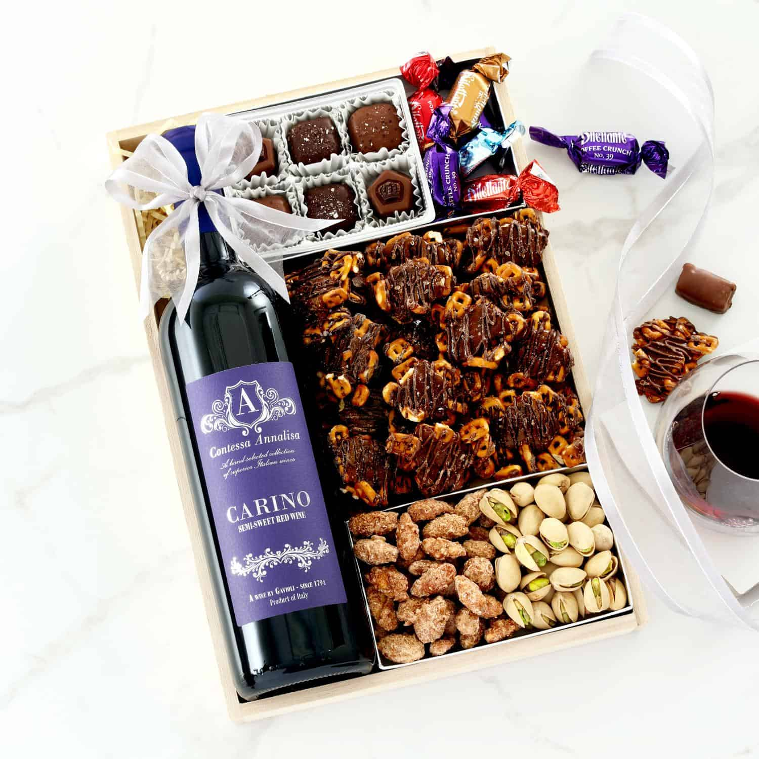 Winter Retreat Wine Gift Tray