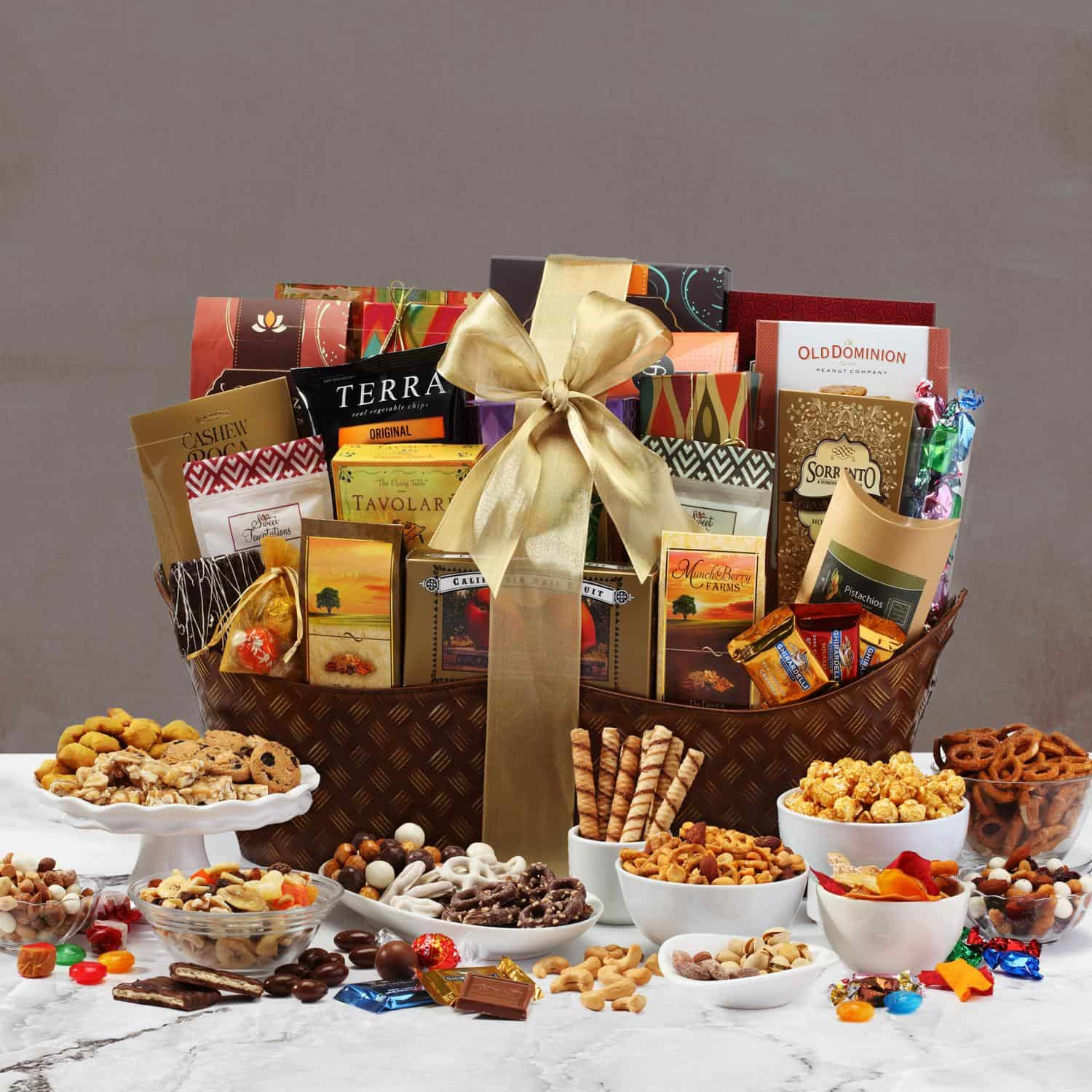 Ultimate Christmas Classic Gourmet Gift Basket