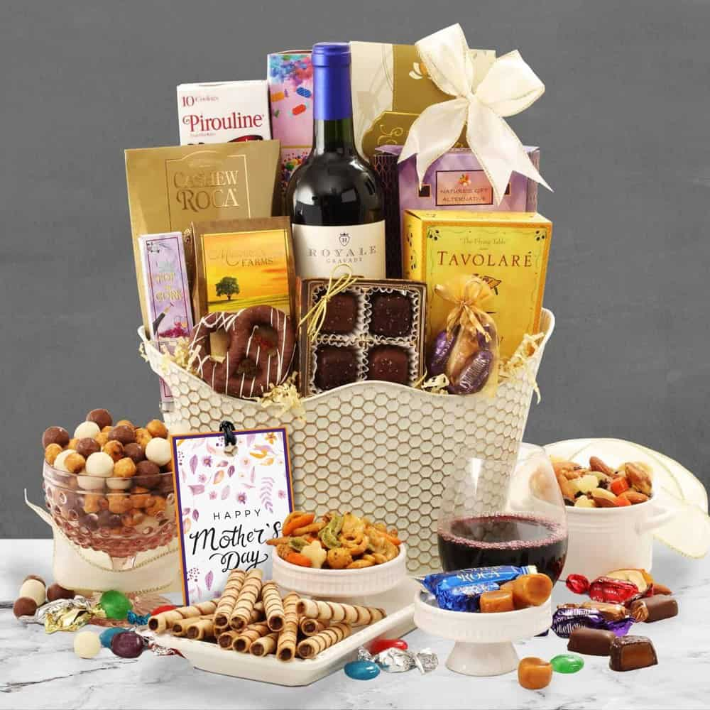 Mothers Day Red Wine Basket