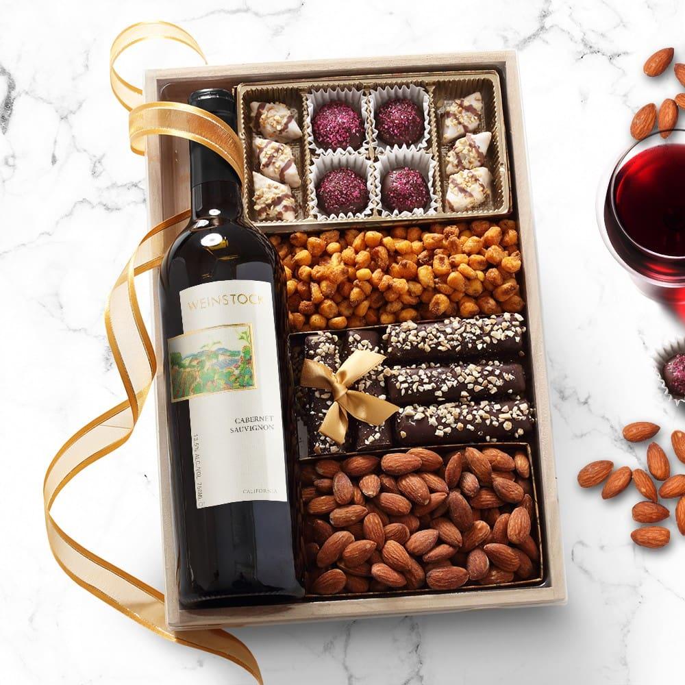 Purim Wine and Chocolate Gift Tray