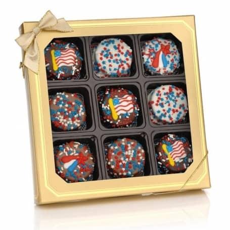Patriotic Chocolate Dipped Oreos