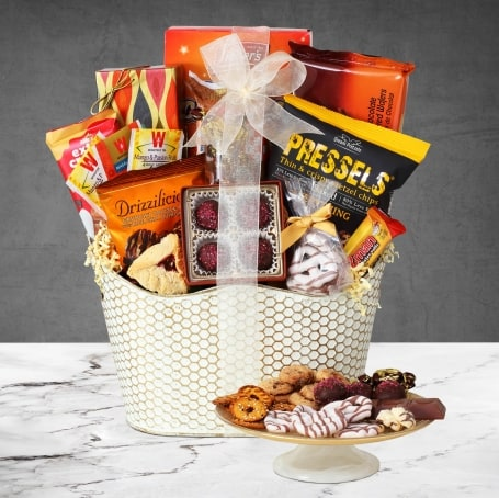 Special Delivery Purim Gift Basket