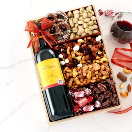 Very Berry Holiday Wine Gift Tray