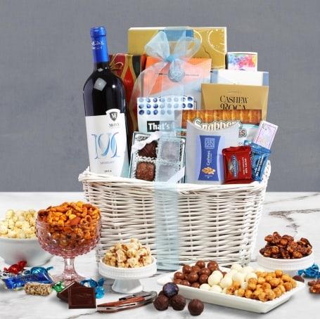 Holiday Cheers Wine Gift Basket