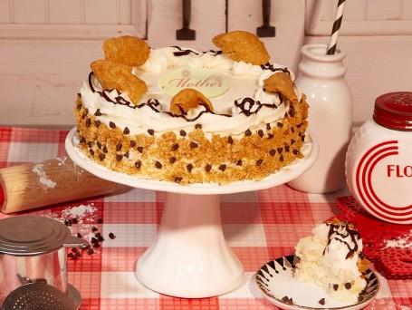 Lovely Italian Cannoli Cake
