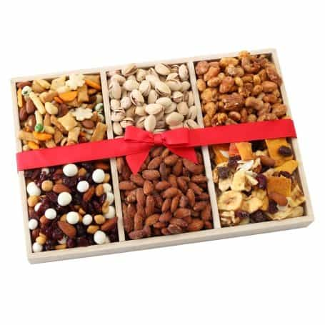 Fresh Nuts & Dried Fruit Gift Tray