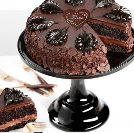 Chocolate Mousse Love Cake